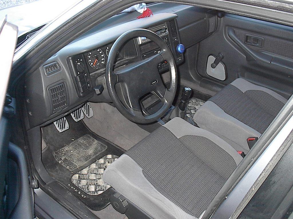 Volvo 440 - Volvo 850 / Volvo 850 Wagon / Volvo S70 / Volvo .